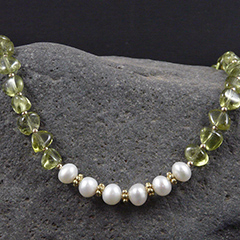 green apatite and pearl necklace